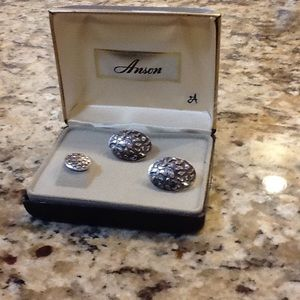 Anson Mens' Cuff Links and Tie Tac NWOT